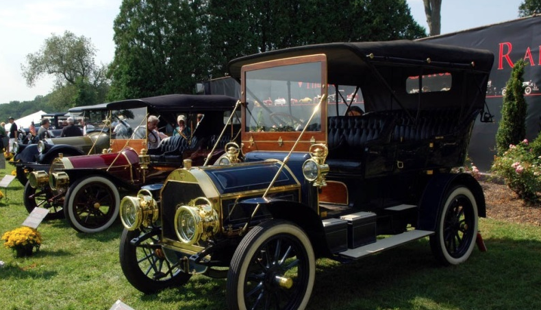 1906 Pierce Touring