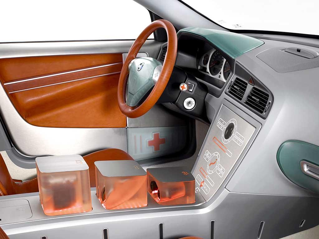 2002 Volvo ACC2 Concept