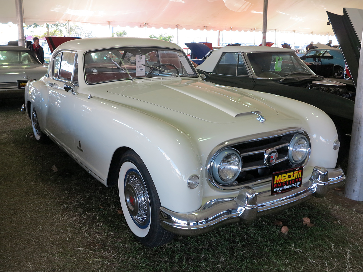 Nash-Healey Le Mans Coupe