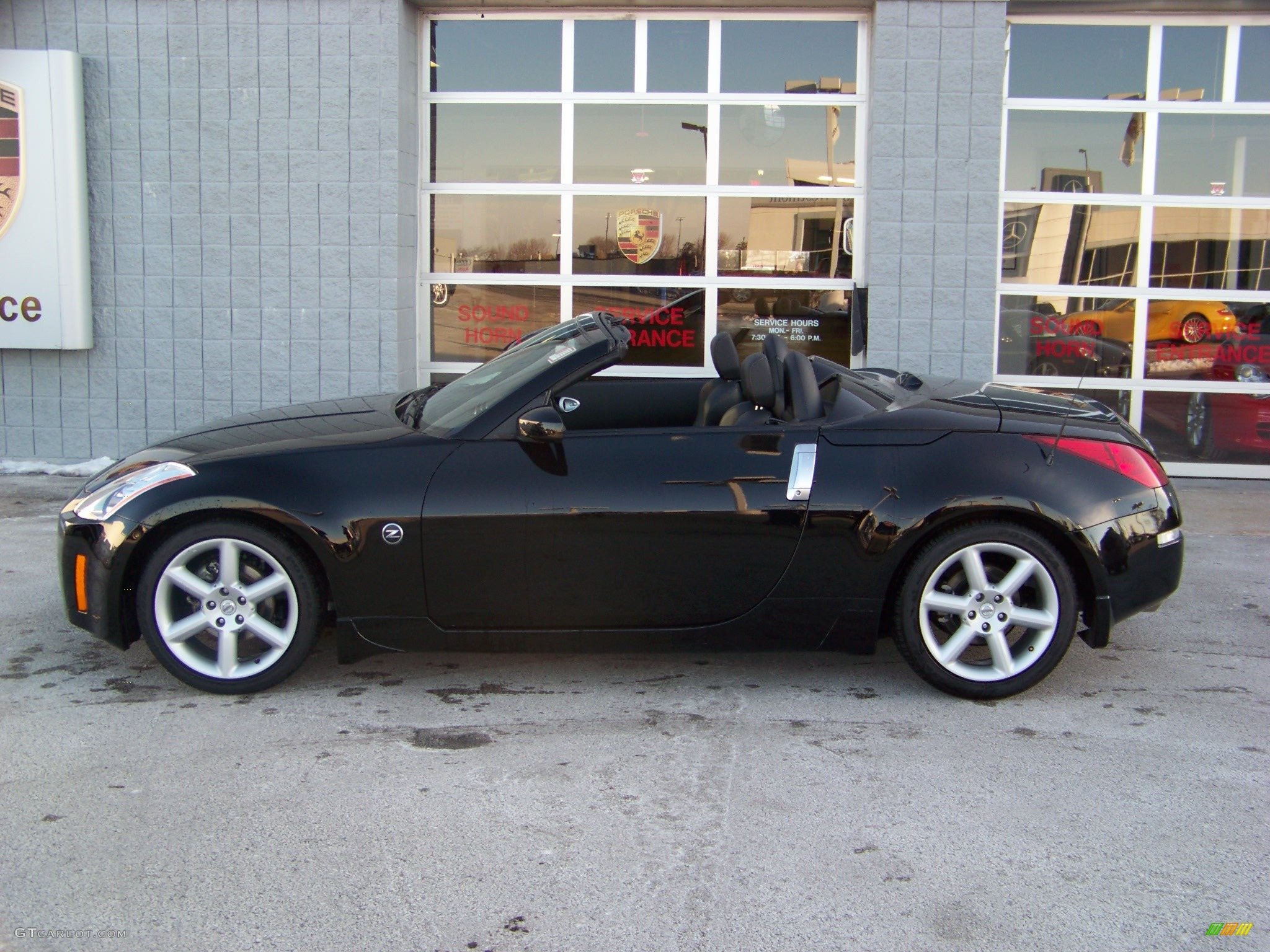 2004 nissan 350z roadster. Black Bedroom Furniture Sets. Home Design Ideas