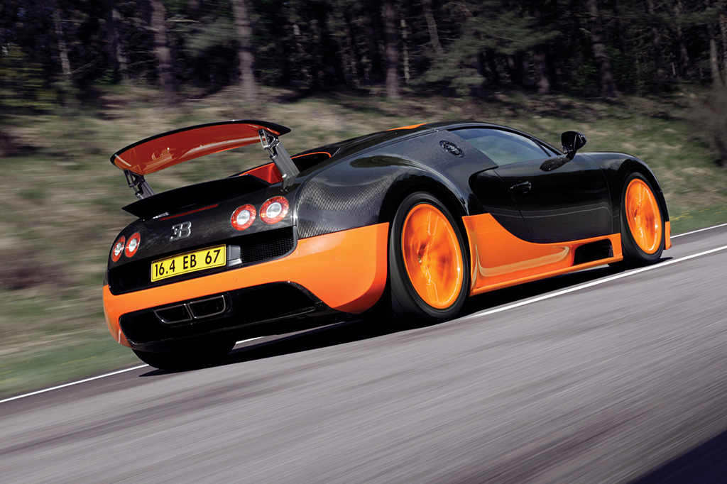Top 10 Supercars of 2010     SuperCars net