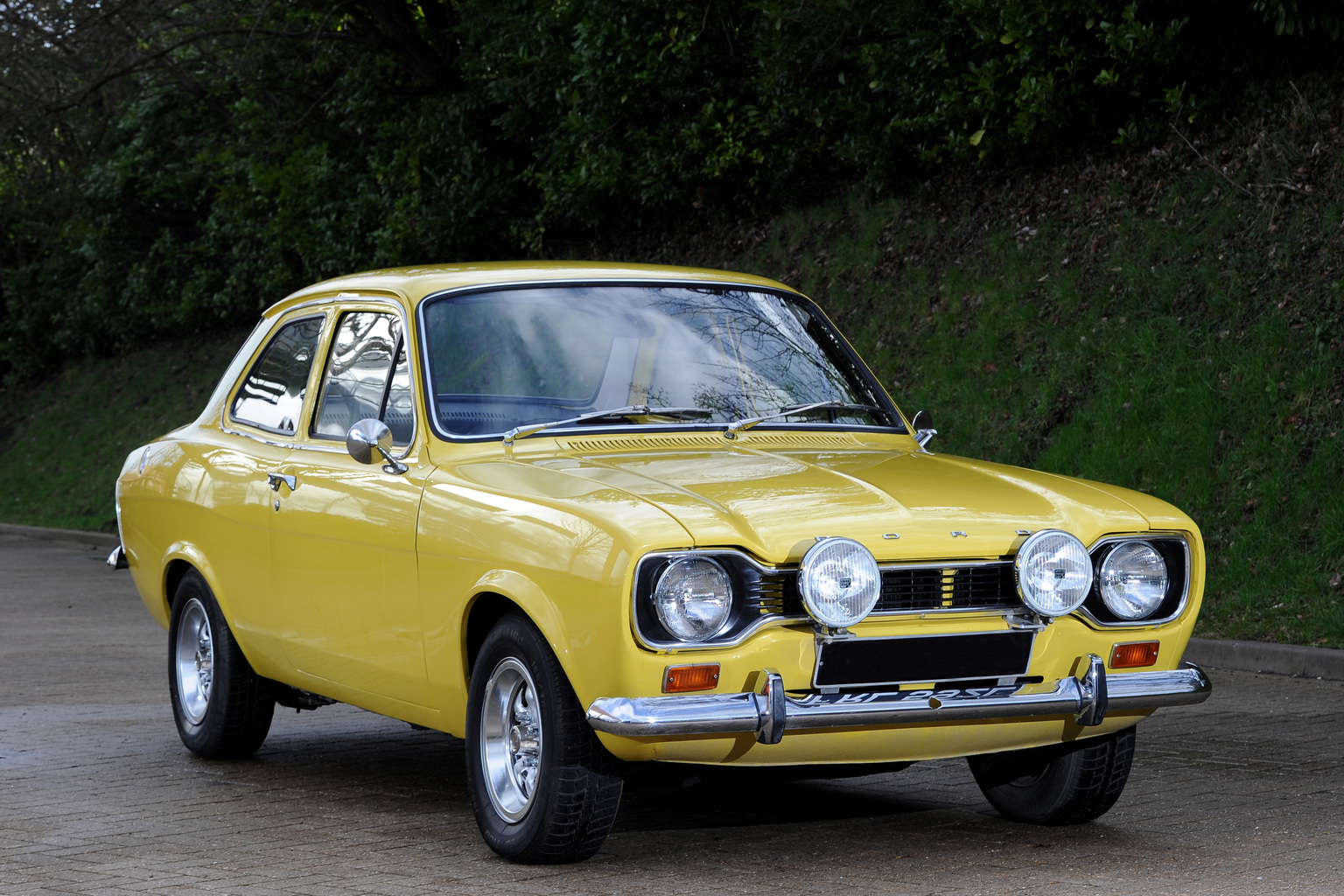 Picture shows: Ford Exscort MK 1