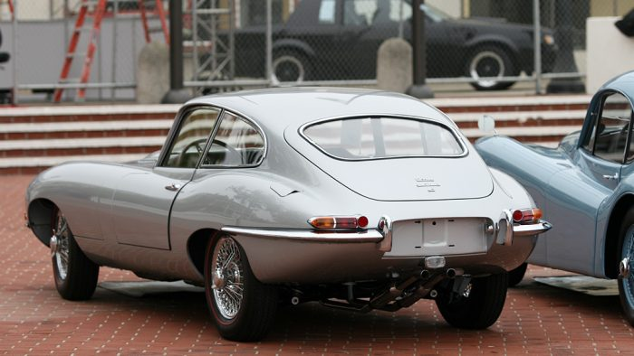 1961 Jaguar E-Type 3.8 Roadster Gallery