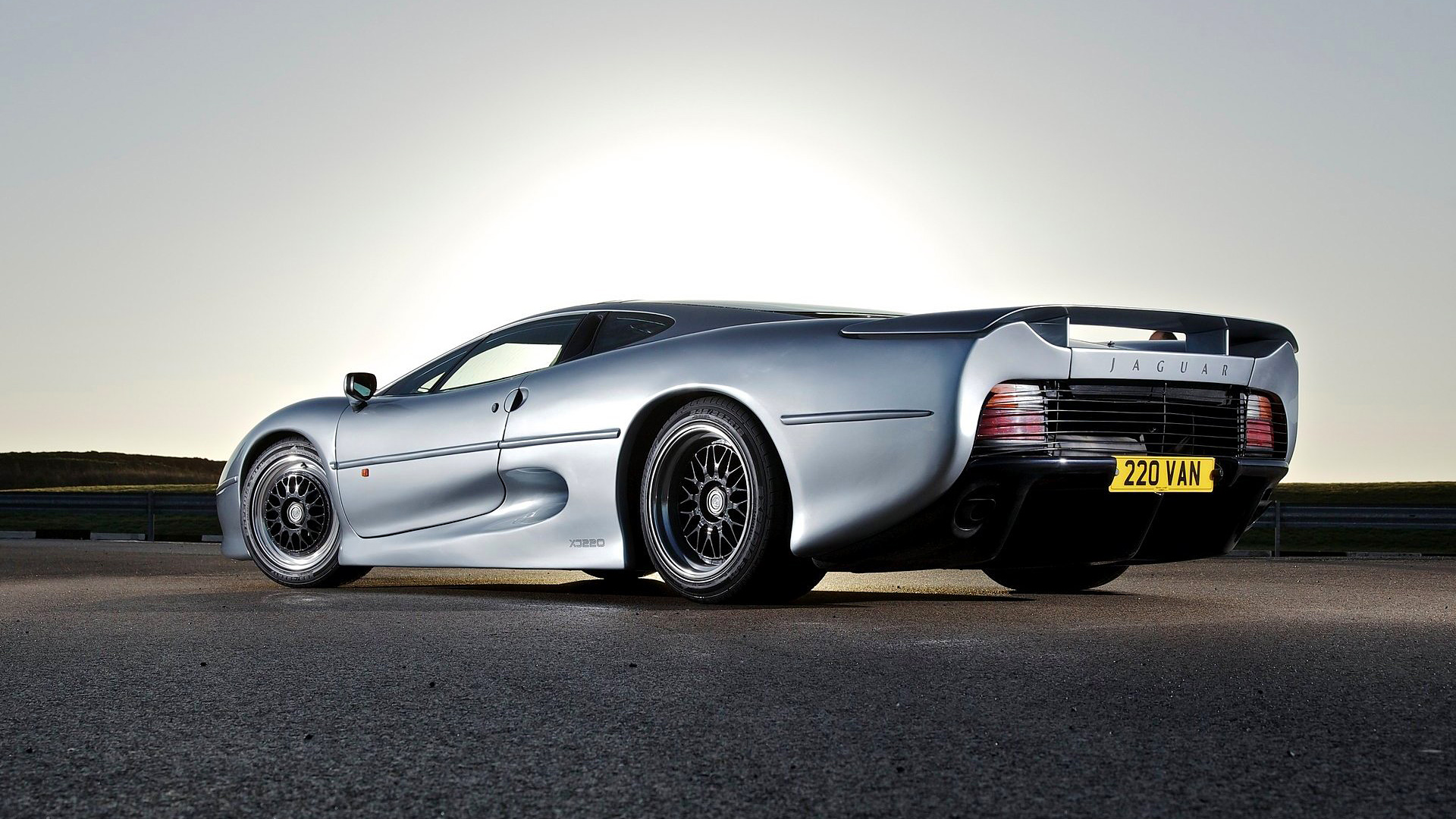 Jaguar Xj220 Gallery Supercars Net