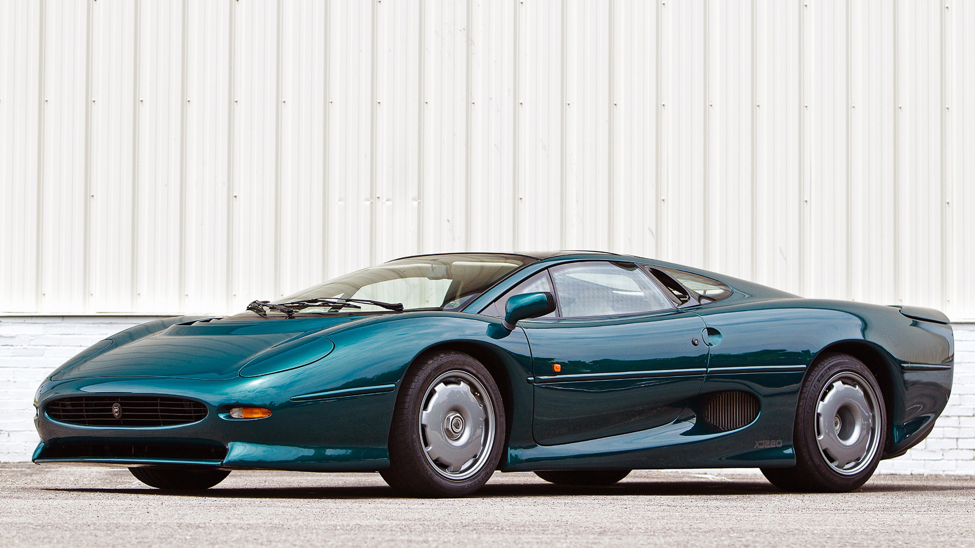 jaguar xj220 with Jaguar Xj220 Gallery on Photos additionally Jaguar XJ220 likewise Gallery also 4 moreover Gallery.