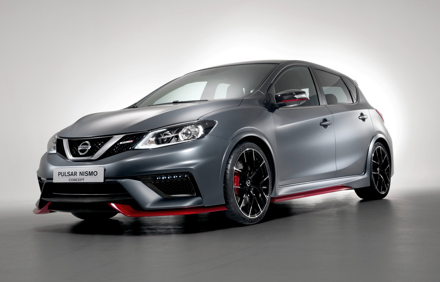 2014 nissan pulsar nismo. Black Bedroom Furniture Sets. Home Design Ideas