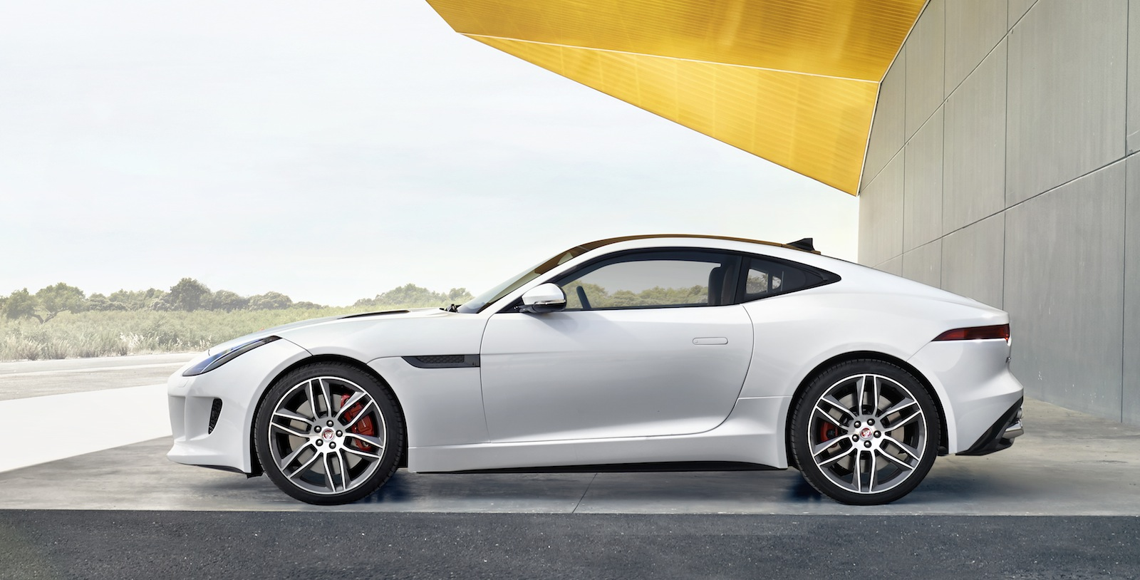 Jaguar F-Type R Coupé Gallery