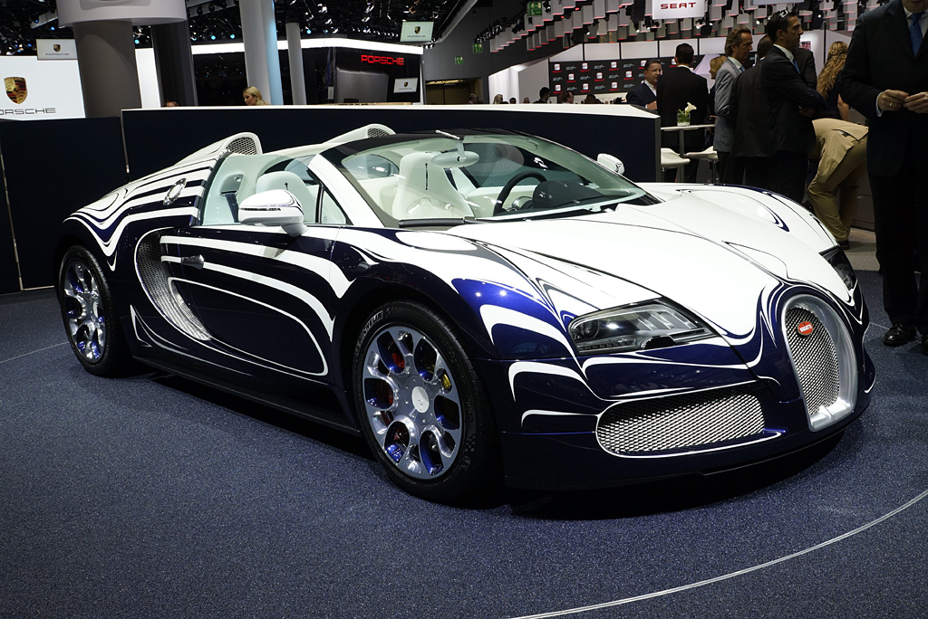 2011 bugatti 16 4 veyron l 39 or blanc gallery. Black Bedroom Furniture Sets. Home Design Ideas