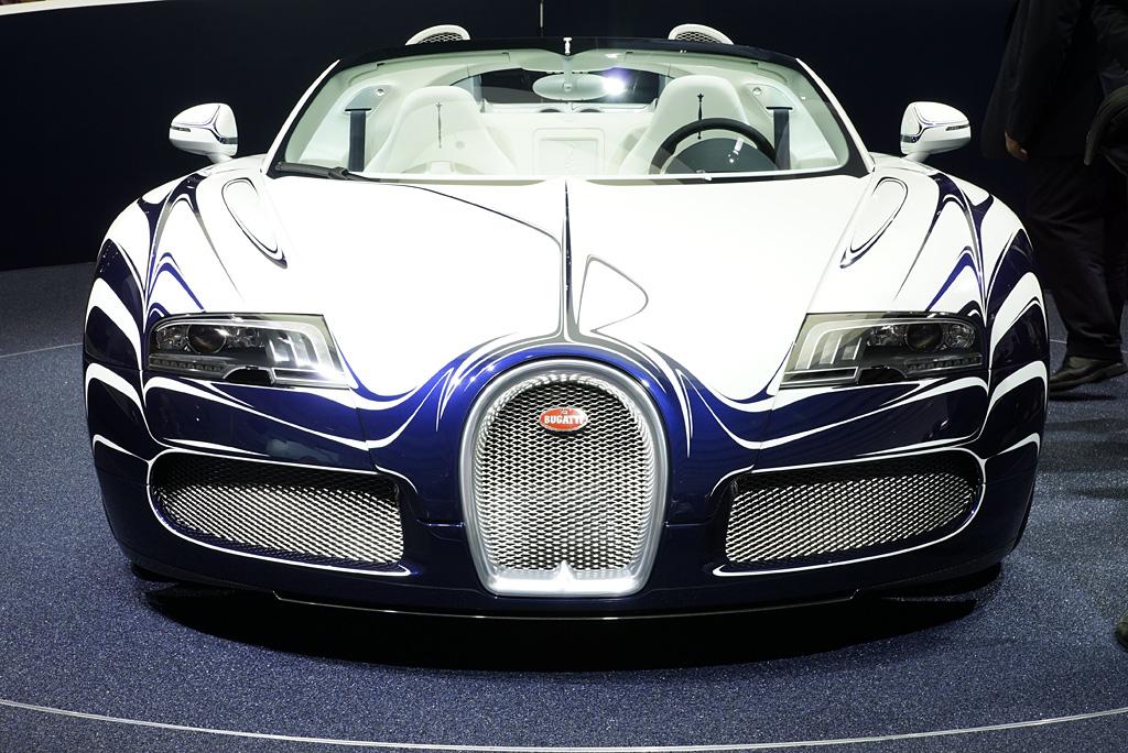 2011 Bugatti 16/4 Veyron 'L'Or Blanc' Gallery