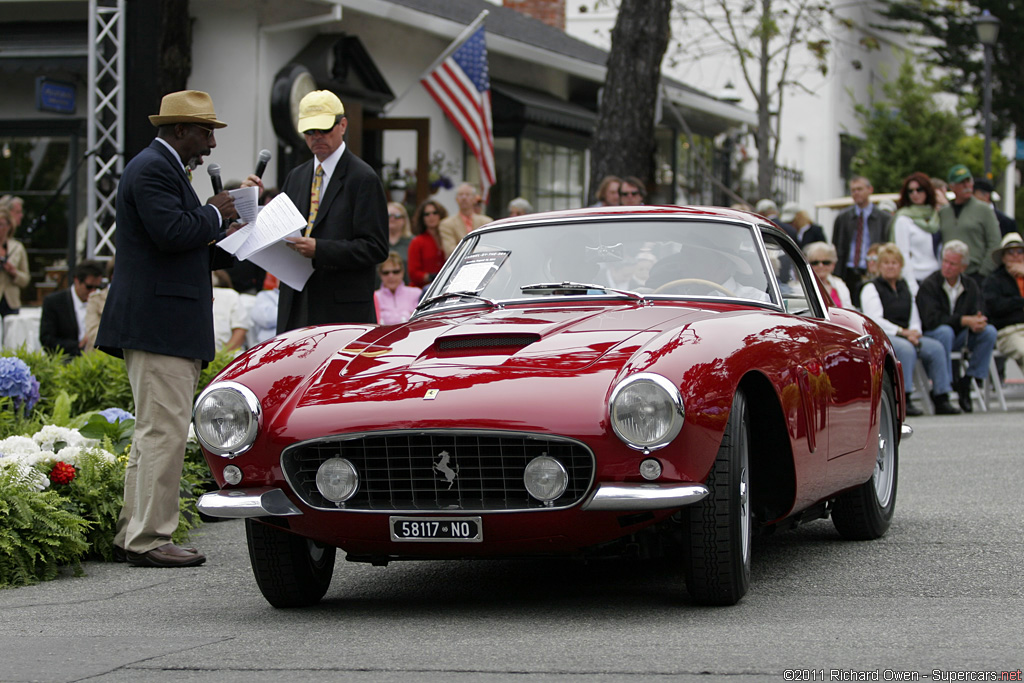 2011 Carmel-by-the-Sea Concours on the Avenue-1