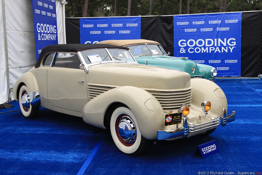 1935 Cord 810 Gallery