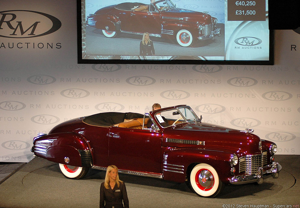1941 Cadillac Series 62 Convertible Coupe