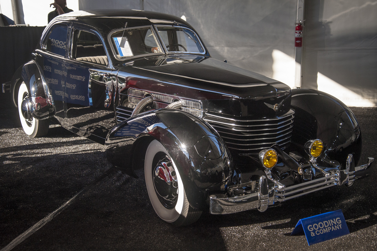 1937 Cord 812 Gallery