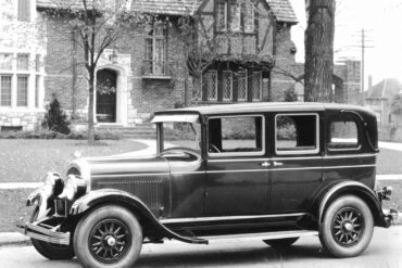 1927→1928 Chrysler 72