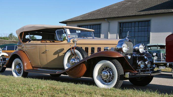 1932 Cadillac Series 370-B V12