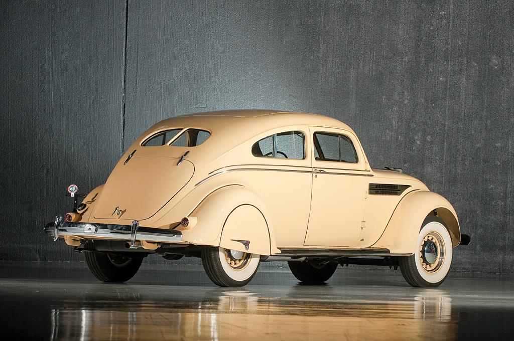 1936 Chrysler Imperial Airflow