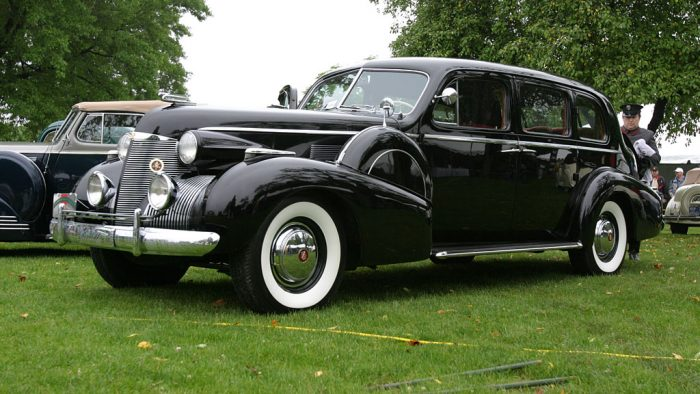 1939 Cadillac Fleetwood Series 39-75