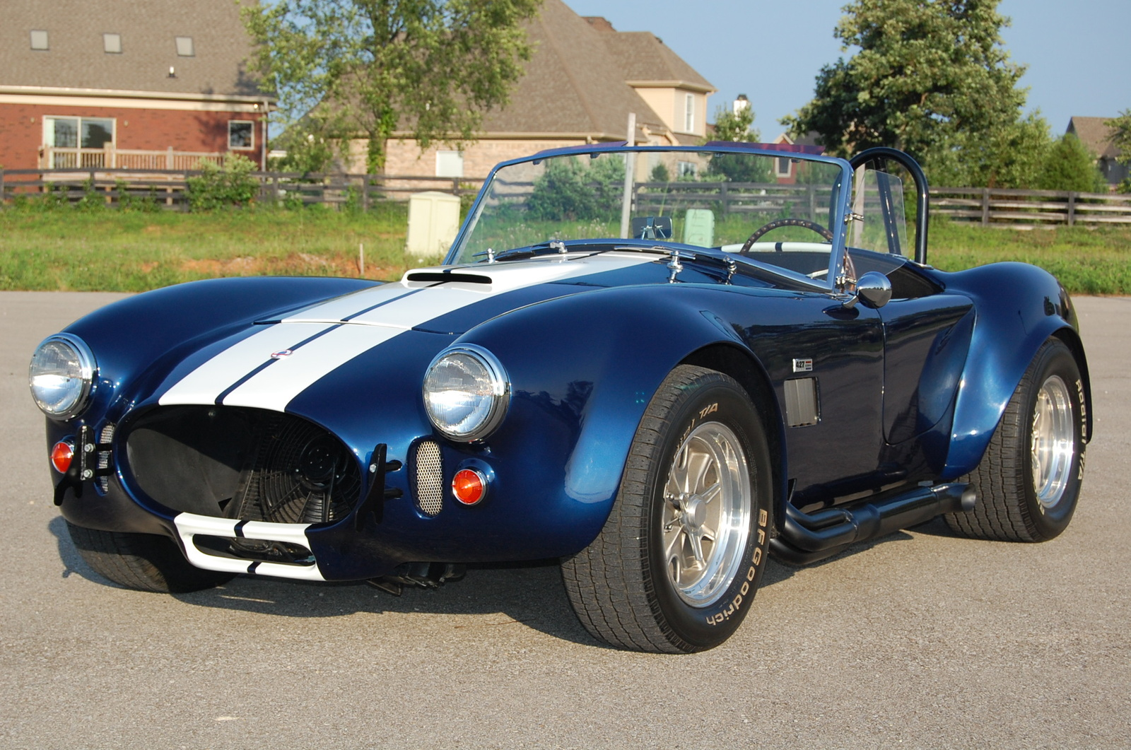 Shelby cobra 427 roadster group 4 1966 racing cars