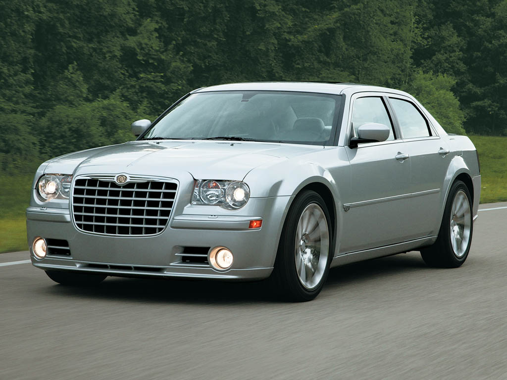 2005 chrysler 300c srt8 review. Black Bedroom Furniture Sets. Home Design Ideas