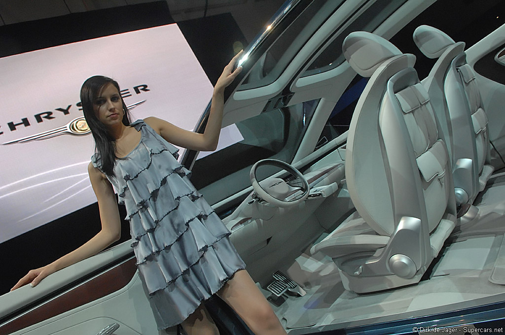 2008 Chrysler ecoVoyager Concept Gallery