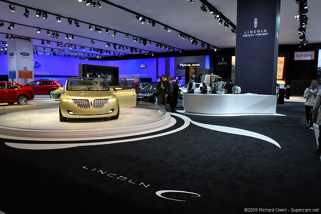 2009 New York International Auto Show-3