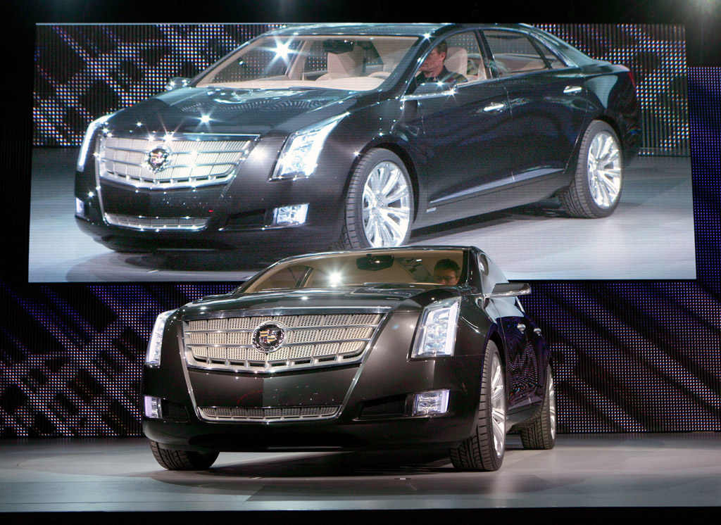 2010 cadillac xts platinum concept gallery cadillac. Black Bedroom Furniture Sets. Home Design Ideas