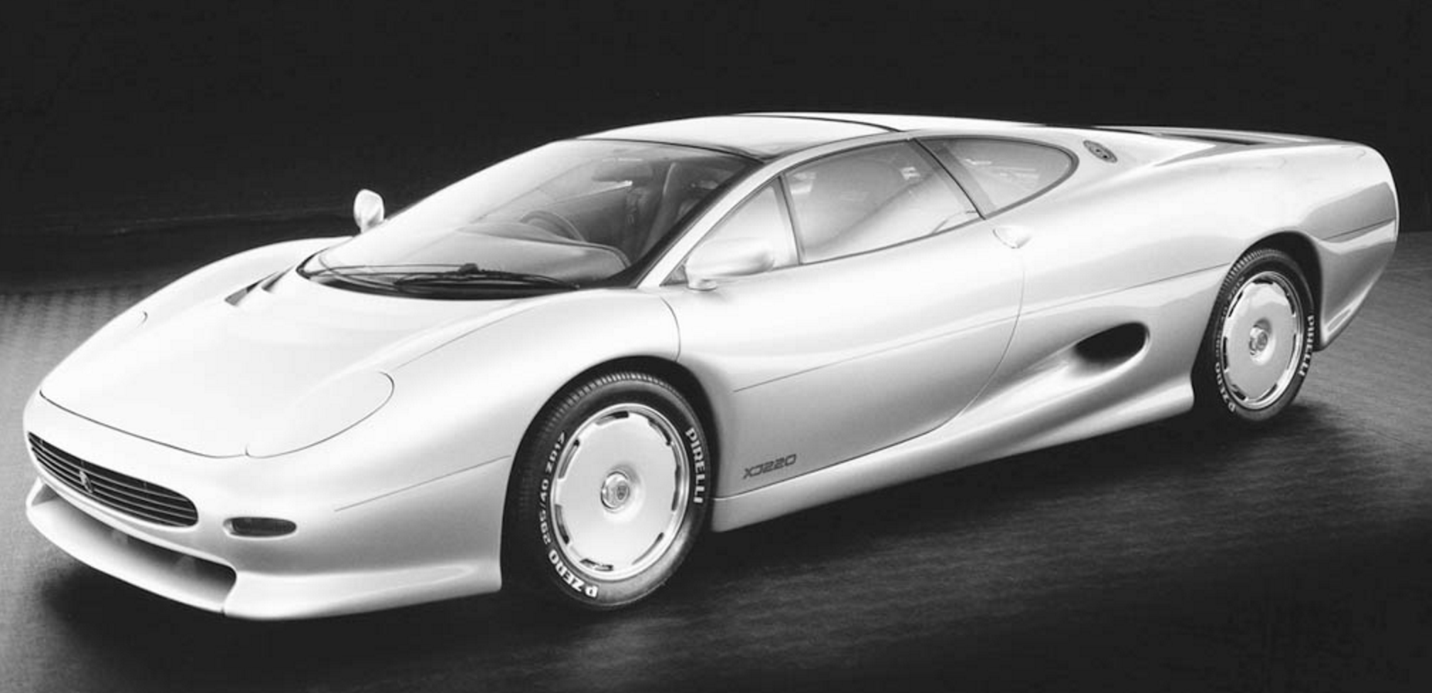 Awesome 1988 Jaguar XJ220 Prototype
