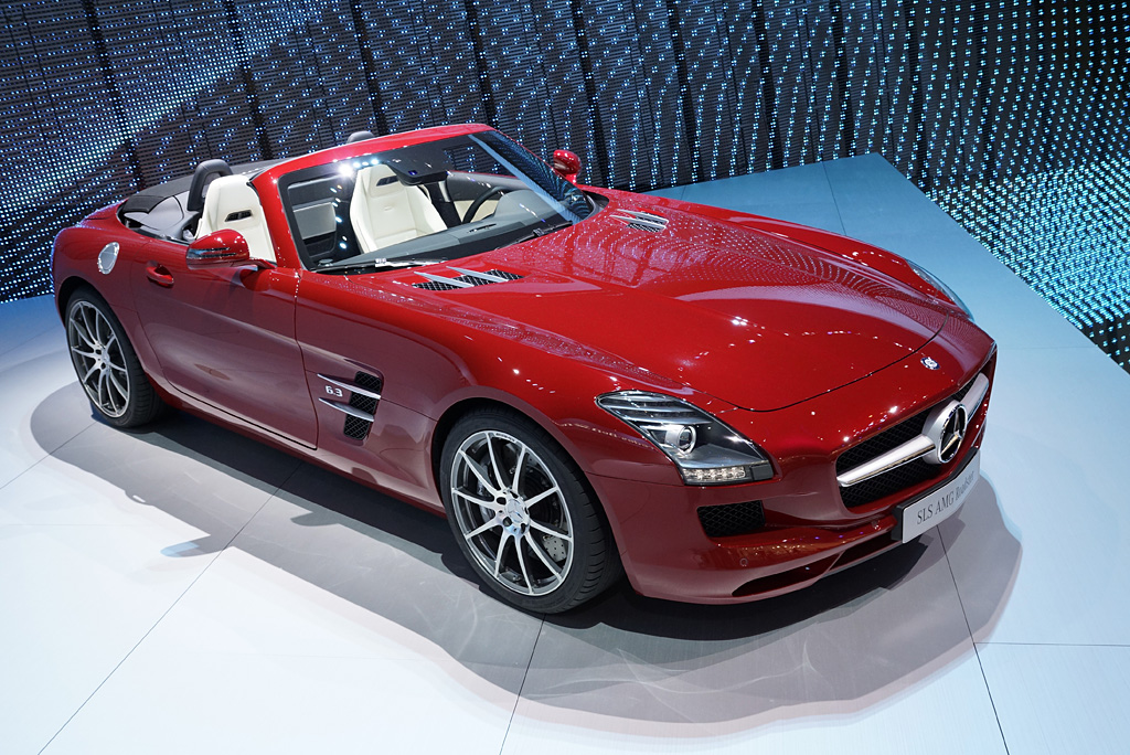2011 Mercedes-Benz SLS AMG Roadster Gallery