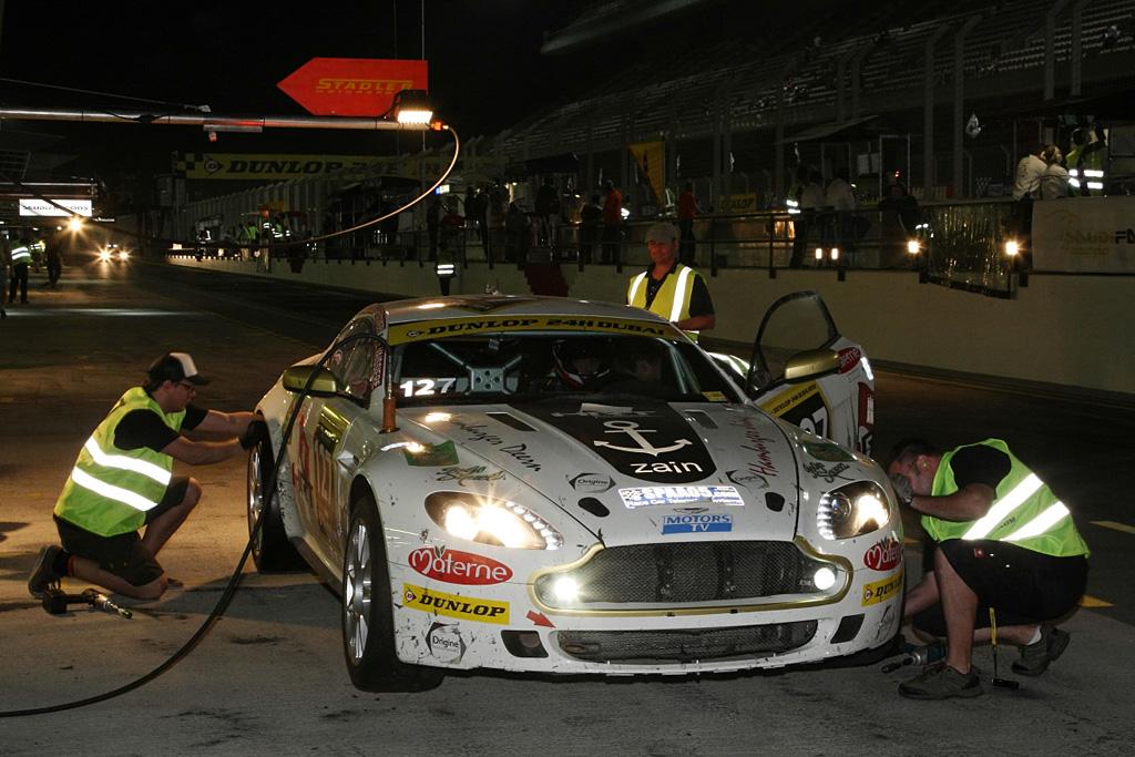 2006 Aston Martin V8 Vantage N24 Gallery