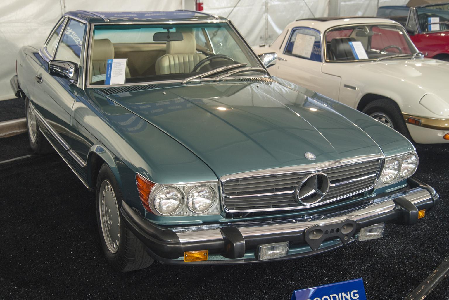 1986→1989 Mercedes-Benz 560 SL