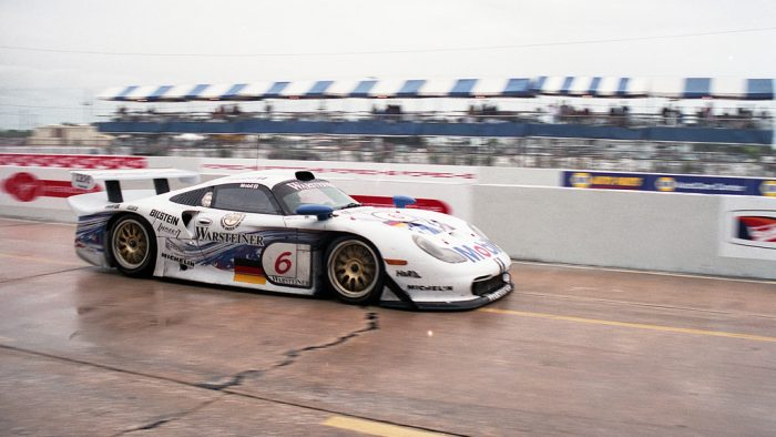 1997 Porsche 911 GT1 Evolution Gallery