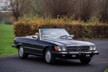 1986 Mercedes-Benz 560 SL Gallery