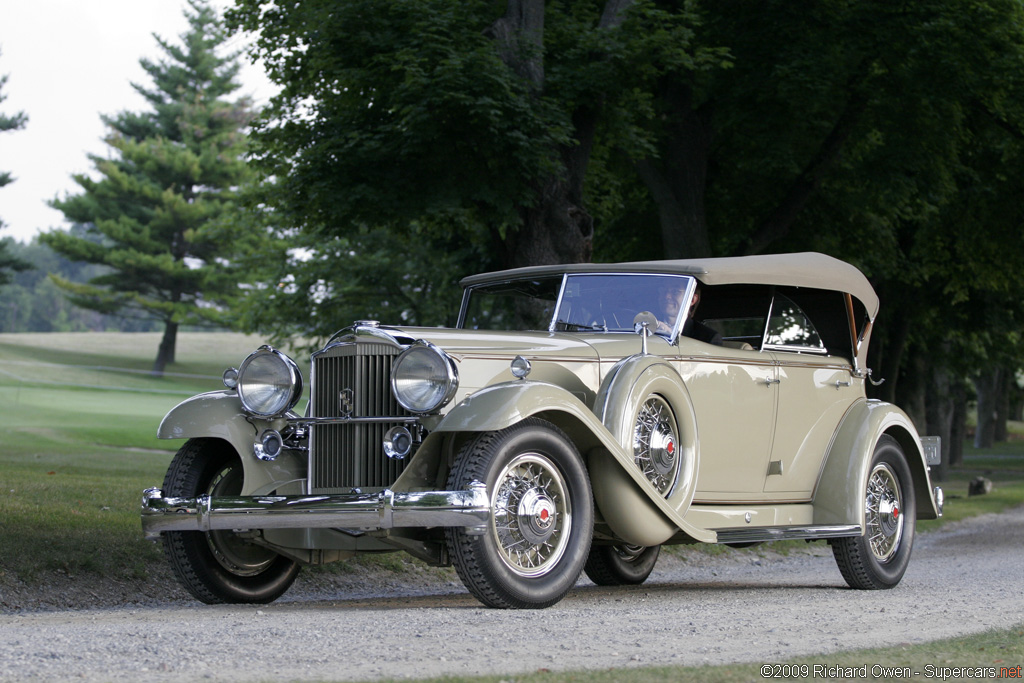 1932_Packard_IndividualCustomEight9041