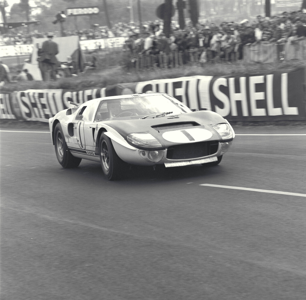ford gt mark ii prototype ford net lemans lemans 1965 miles mclaren ford mkii prototype cd 0776 3301 4355 11
