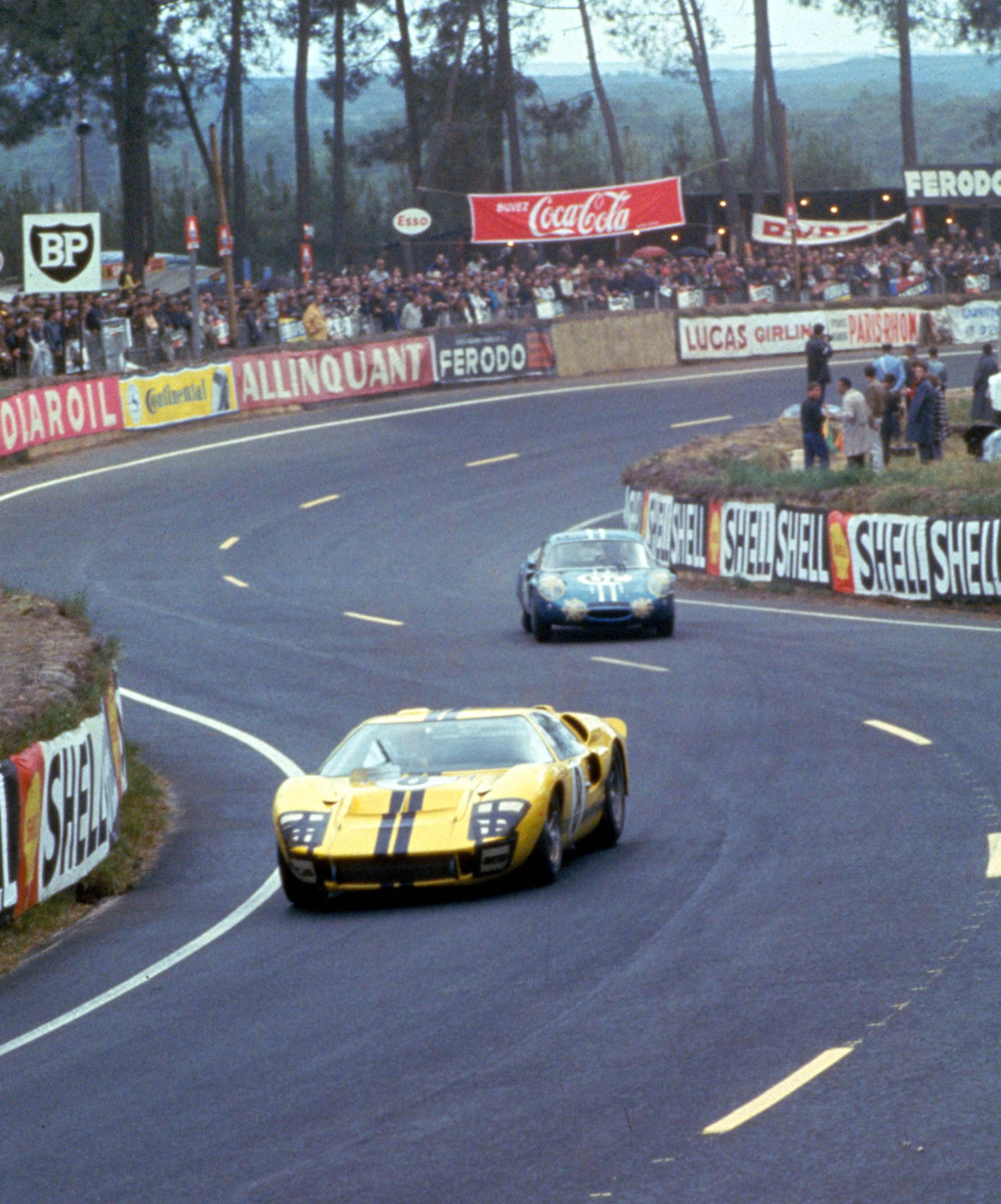 24 Hours of LeMans, LeMans, France, 1966. Sir John Whitmore/Frank Gardner Racing Ltd. Ford Mark II in the esses. CD#0554-3252-2890-15. Ford GT40 Supercars 1960s