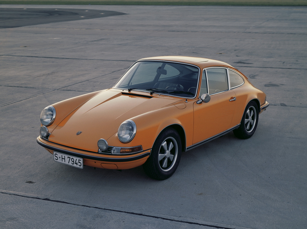 1970 porsche 911 s 2 2 coup review. Black Bedroom Furniture Sets. Home Design Ideas