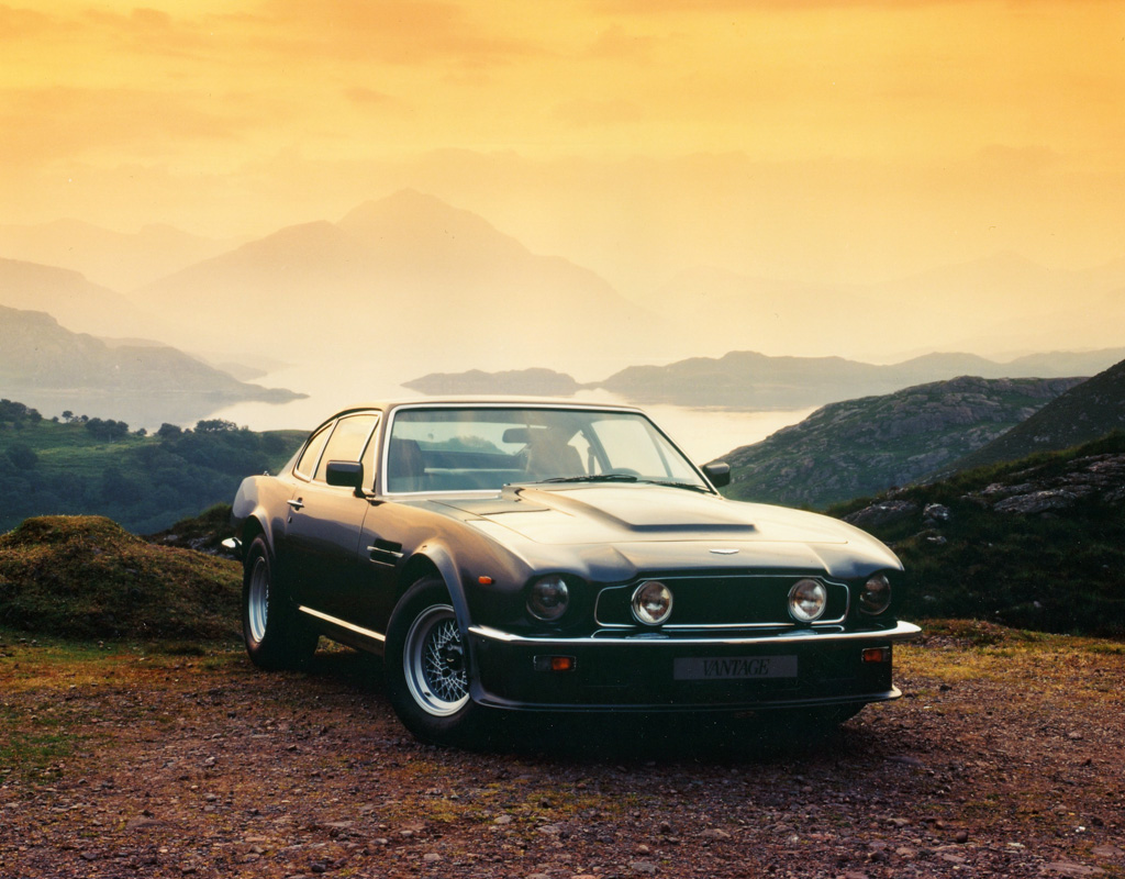 1977 1989 aston martin v8 vantage aston martin. Black Bedroom Furniture Sets. Home Design Ideas