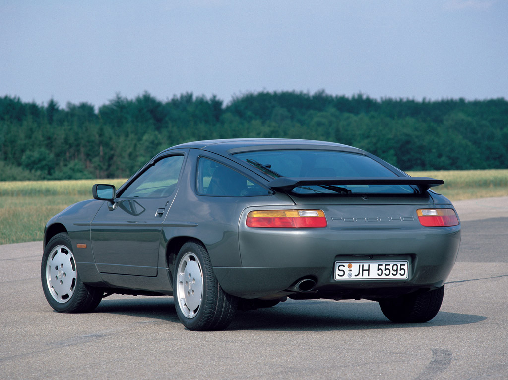 Porsche 928 s4 specifications