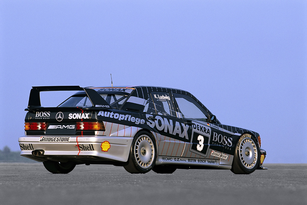 1990 Mercedes-Benz 190 E 2 5-16 Evolution II DTM | Review