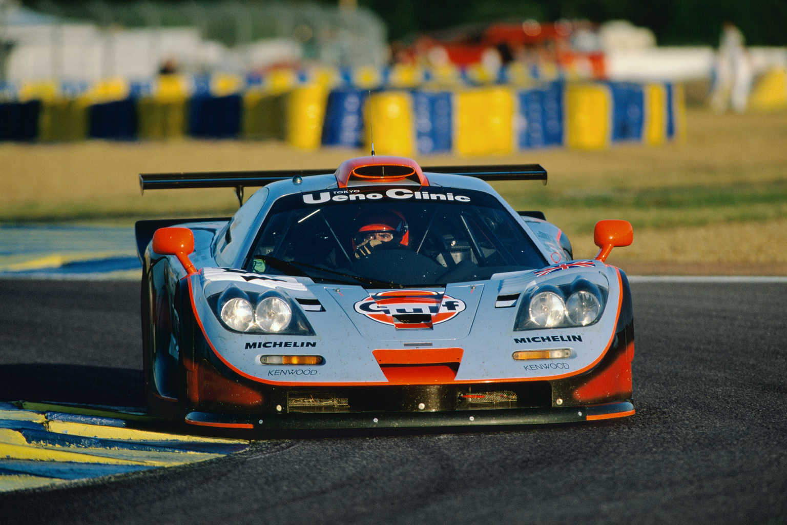 1997 McLaren F1 GTR Long Tail | Review | SuperCars.net
