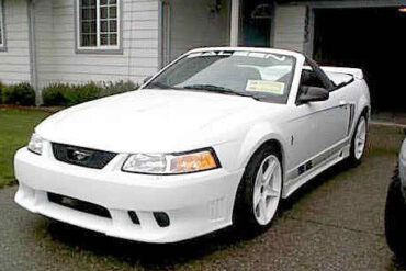 1999 Ford Saleen Mustang S-351