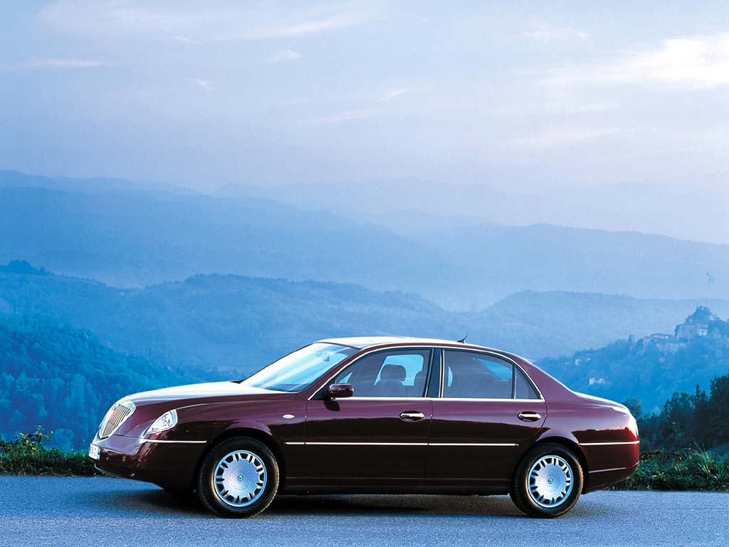 https://www.supercars.net/blog/wp-content/uploads/2016/04/2002_Lancia_Thesis4.jpg