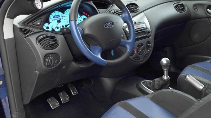 2003 Ford Focus RS8 Concept