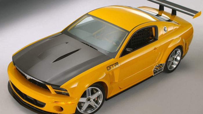 2004 Ford Mustang GT-R Concept