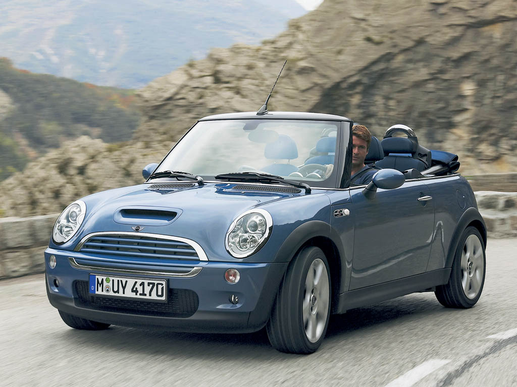 2004 mini cooper s convertible review. Black Bedroom Furniture Sets. Home Design Ideas