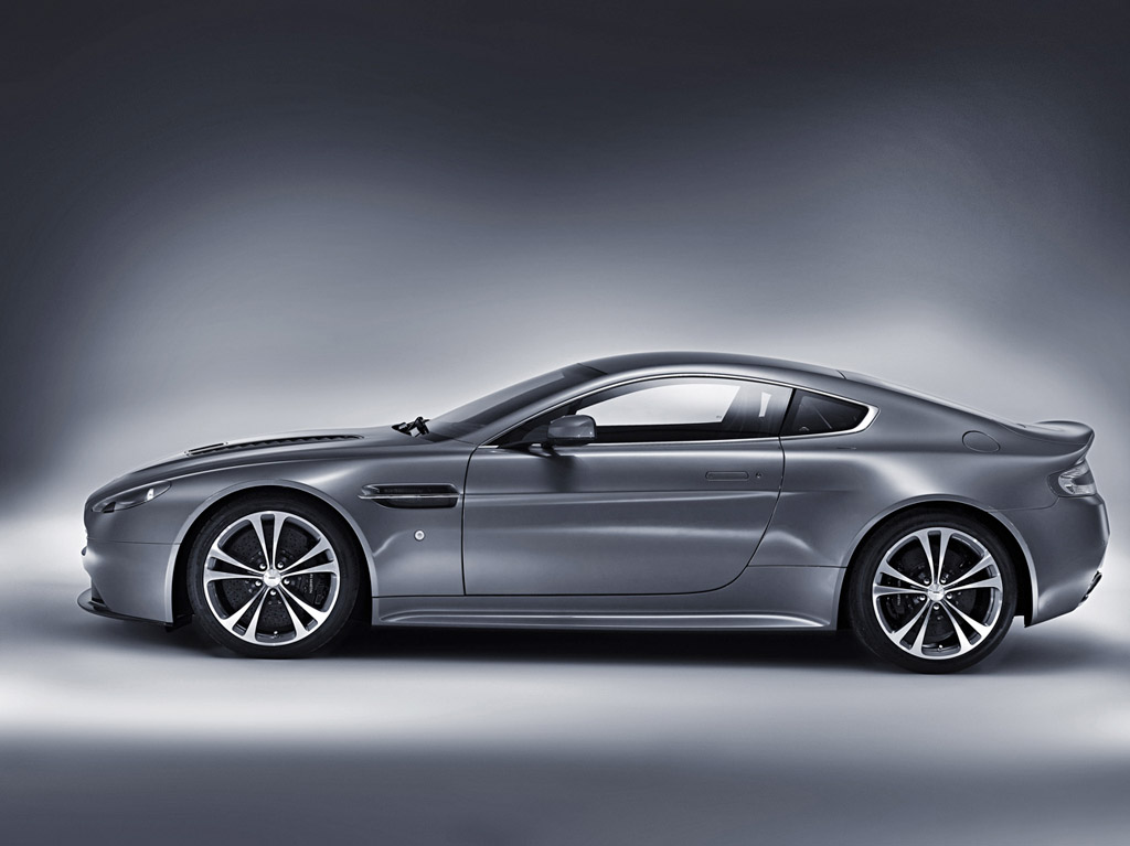 2009 aston martin v12 vantage aston martin. Black Bedroom Furniture Sets. Home Design Ideas