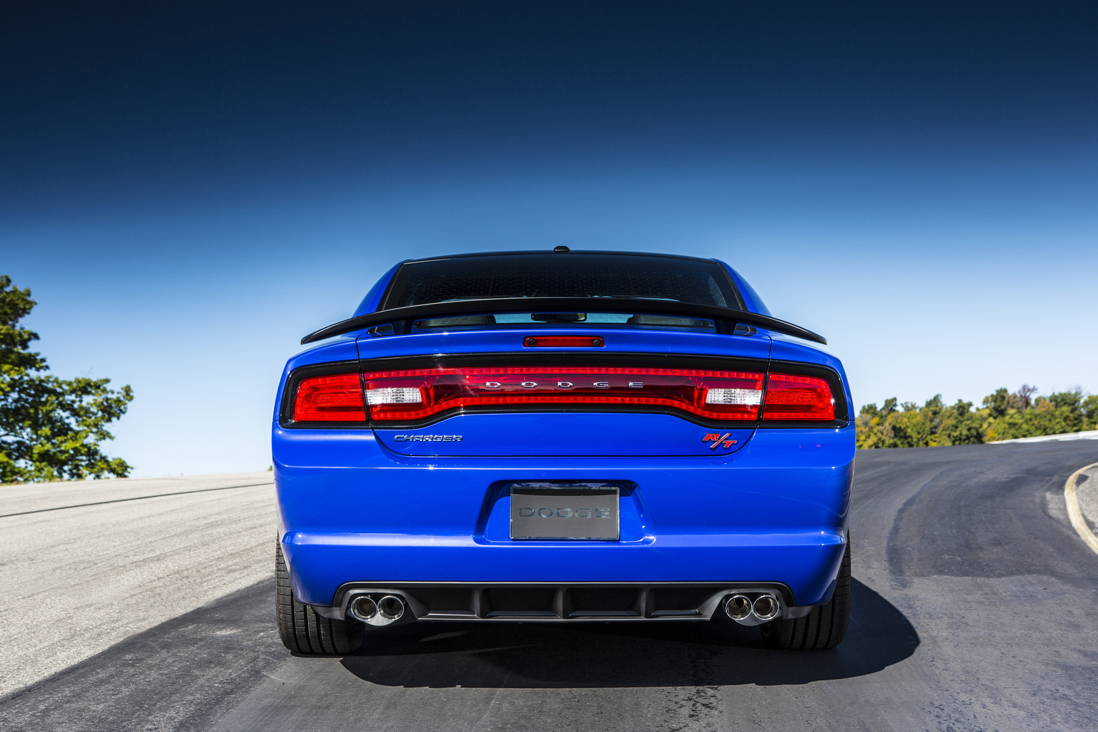 in detail - Dodge Charger 2013 Rt