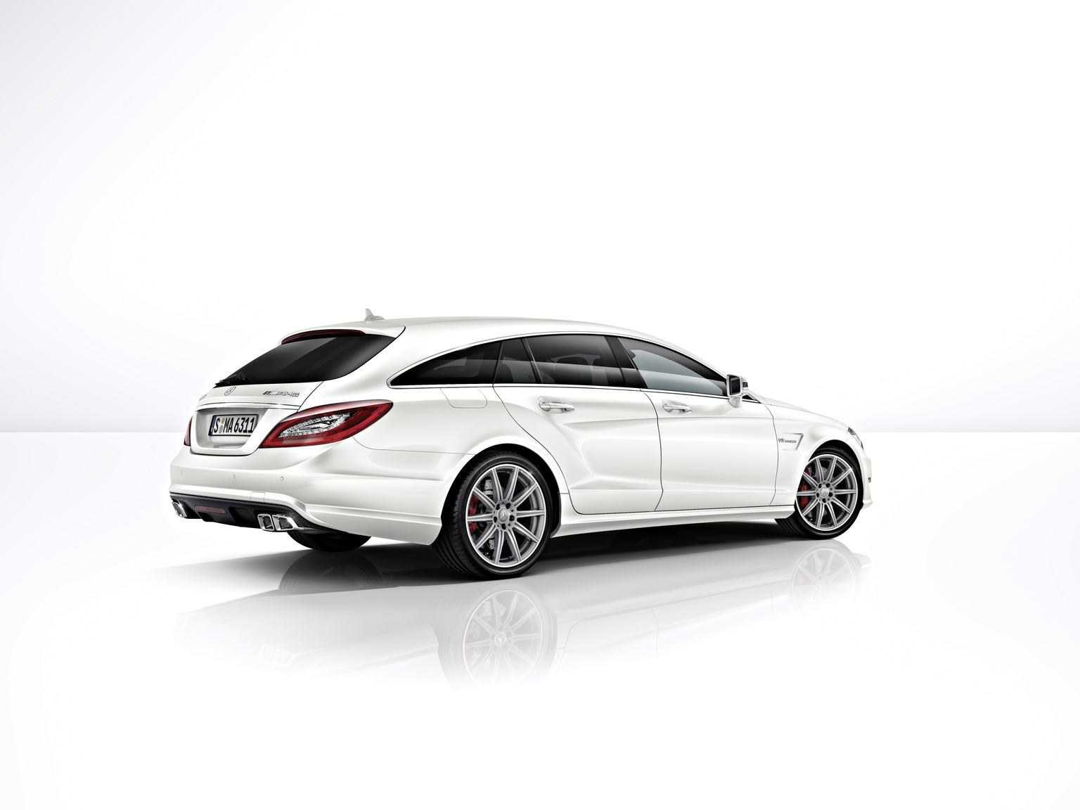 2013 mercedes benz cls 63 amg 4matic shooting brake review. Black Bedroom Furniture Sets. Home Design Ideas