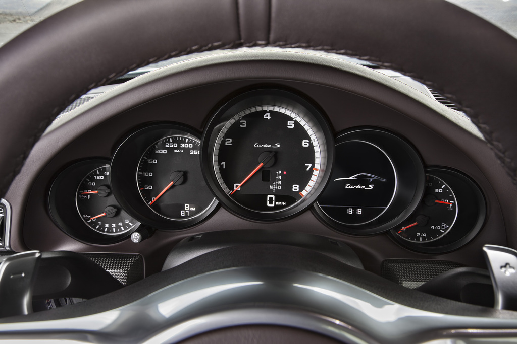911 turbo s coup interieur 2013 porsche