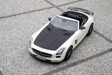 2014 Mercedes-Benz SLS AMG GT Roadster Final Edition